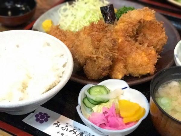 福島県いわき駅前のランチとんかつ定食などみふみ屋肉店のみふみ屋食堂-5