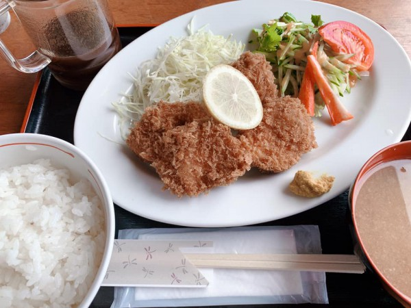 福島県塙町のお食事処旭屋でランチを食べてきました。ラーメンや丼物や定食やお酒も楽しめます-200902-2