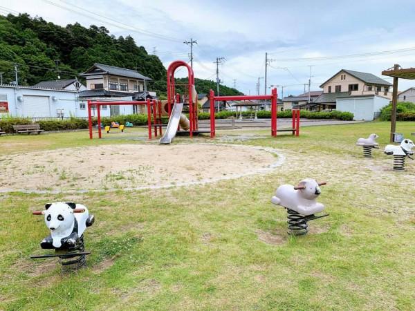 いわき市植田近くの東田大町公園で子供が遊べる公園-210620-11