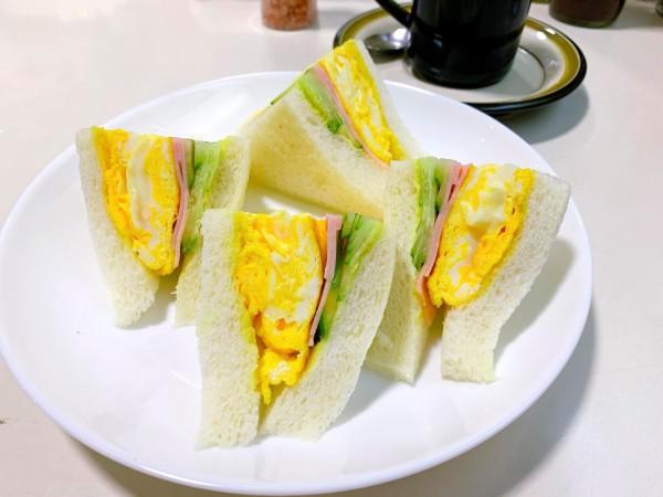 福島県いわき市の喫茶店オフィスでモーニングいわき市平-210910-3